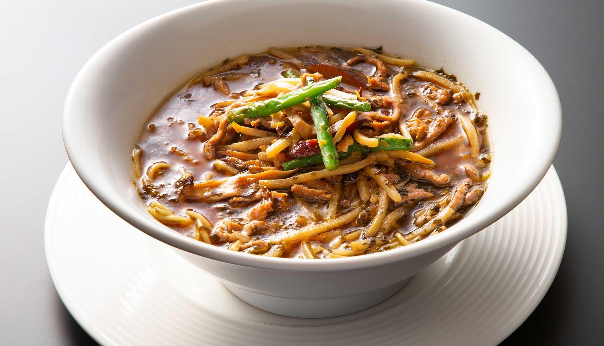 雪菜牛肉湯麺
